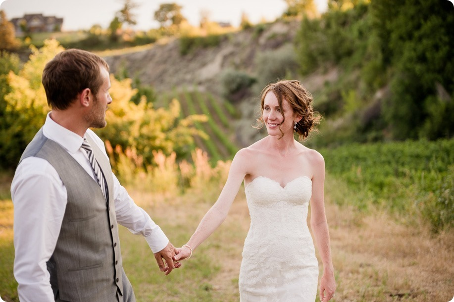 Naramata-wedding-photography_Apple-DOr_vineyard_206_by-Kevin-Trowbridge