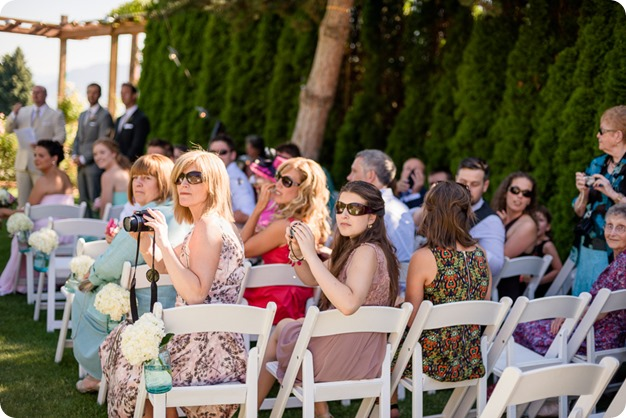 Naramata-wedding-photography_Apple-DOr_vineyard_73_by-Kevin-Trowbridge