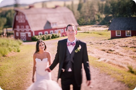 Sparkling-Hill-wedding_Okanagan_125_by-Kevin-Trowbridge