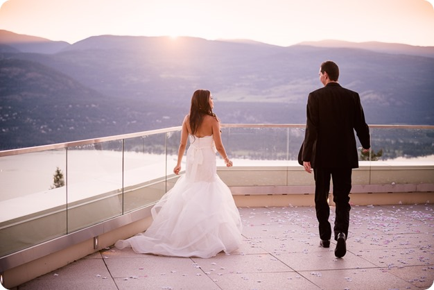 Sparkling-Hill-wedding_Okanagan_151_by-Kevin-Trowbridge