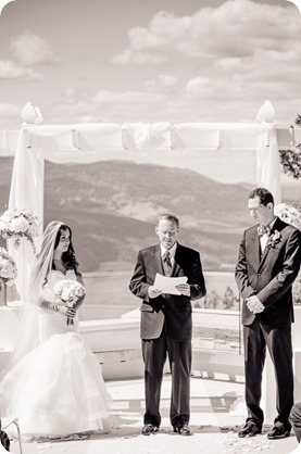 Sparkling-Hill-wedding_Okanagan_52_by-Kevin-Trowbridge