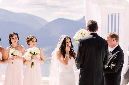 Sparkling-Hill-wedding_Okanagan_60_by-Kevin-Trowbridge