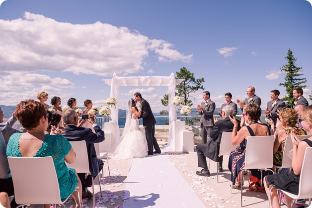 Sparkling-Hill-wedding_Okanagan_68_by-Kevin-Trowbridge