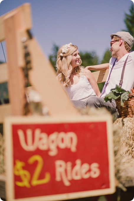Vintage-Farmers-Market-engagement-session_Caravan-Theatre-Armstrong_103_by-Kevin-Trowbridge
