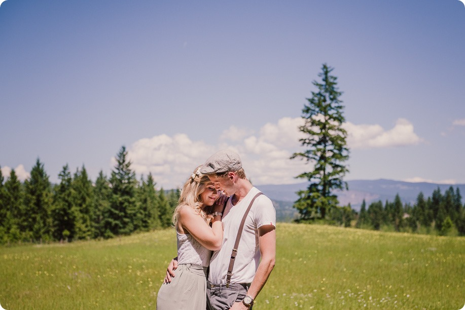 Vintage-Farmers-Market-engagement-session_Caravan-Theatre-Armstrong_117_by-Kevin-Trowbridge