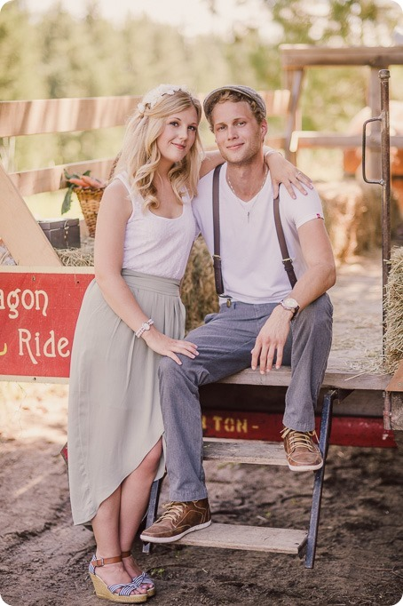 Vintage-Farmers-Market-engagement-session_Caravan-Theatre-Armstrong_125_by-Kevin-Trowbridge