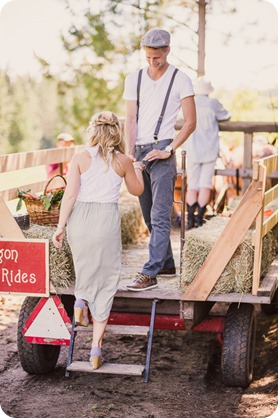 Vintage-Farmers-Market-engagement-session_Caravan-Theatre-Armstrong_127_by-Kevin-Trowbridge