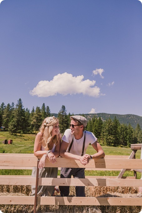 Vintage-Farmers-Market-engagement-session_Caravan-Theatre-Armstrong_133_by-Kevin-Trowbridge