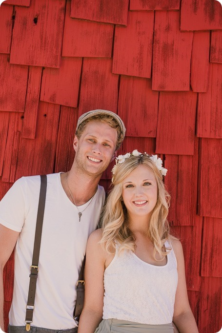 Vintage-Farmers-Market-engagement-session_Caravan-Theatre-Armstrong_145_by-Kevin-Trowbridge