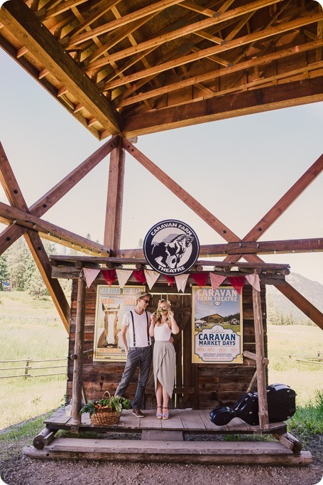 Vintage-Farmers-Market-engagement-session_Caravan-Theatre-Armstrong_52_by-Kevin-Trowbridge
