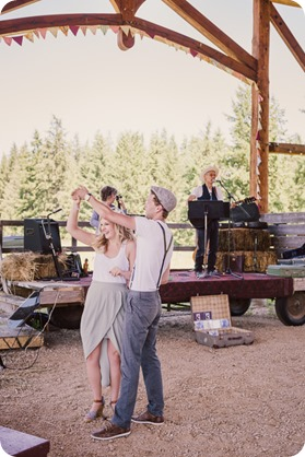 Vintage-Farmers-Market-engagement-session_Caravan-Theatre-Armstrong_62_by-Kevin-Trowbridge