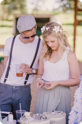 Vintage-Farmers-Market-engagement-session_Caravan-Theatre-Armstrong_73_by-Kevin-Trowbridge