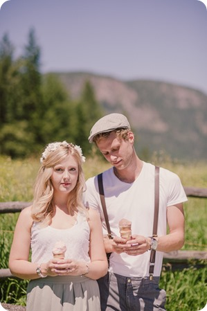Vintage-Farmers-Market-engagement-session_Caravan-Theatre-Armstrong_85_by-Kevin-Trowbridge