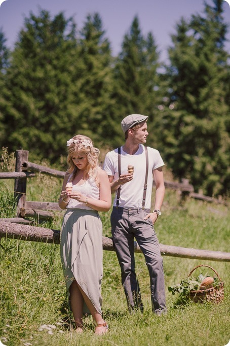 Vintage-Farmers-Market-engagement-session_Caravan-Theatre-Armstrong_88_by-Kevin-Trowbridge