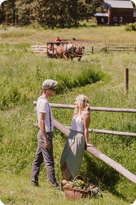 Vintage-Farmers-Market-engagement-session_Caravan-Theatre-Armstrong_91_by-Kevin-Trowbridge