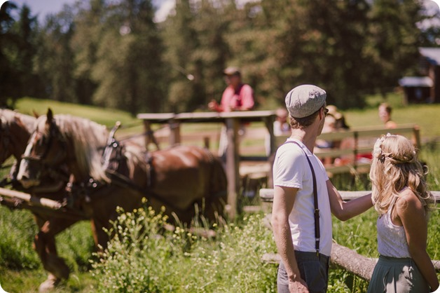 Vintage-Farmers-Market-engagement-session_Caravan-Theatre-Armstrong_92_by-Kevin-Trowbridge
