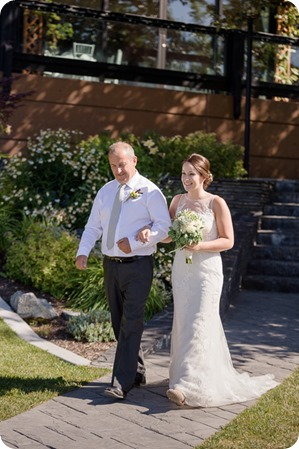 Kelowna-vintage-wedding-Summerhill-Winery_143_by-Kevin-Trowbridge