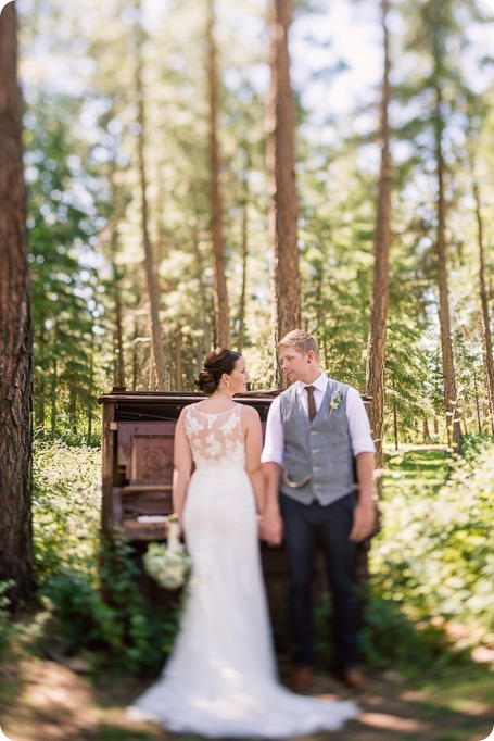 Kelowna-vintage-wedding-Summerhill-Winery_87_by-Kevin-Trowbridge