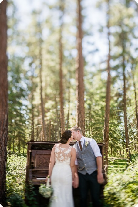 Kelowna-vintage-wedding-Summerhill-Winery_88_by-Kevin-Trowbridge