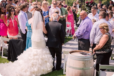Kelowna-wedding-photography_Summerhill-winery_Laurel-Packing-House_53_by-Kevin-Trowbridge