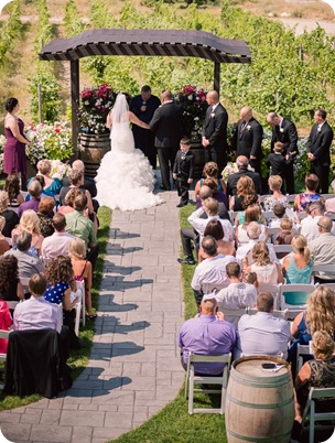 Kelowna-wedding-photography_Summerhill-winery_Laurel-Packing-House_59_by-Kevin-Trowbridge