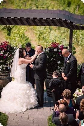 Kelowna-wedding-photography_Summerhill-winery_Laurel-Packing-House_65_by-Kevin-Trowbridge