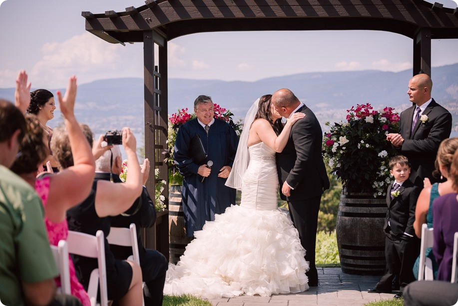 Kelowna-wedding-photography_Summerhill-winery_Laurel-Packing-House_75_by-Kevin-Trowbridge