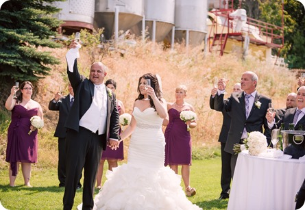 Kelowna-wedding-photography_Summerhill-winery_Laurel-Packing-House_91_by-Kevin-Trowbridge