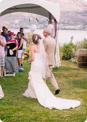 Summerland-wedding_Bonitas-Winery_lake-portraits_37_by-Kevin-Trowbridge