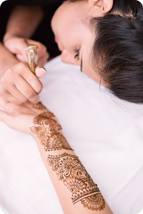 Henna-party_Indian-wedding-Maiyan_Sparkling-Hill-dancing_17_by-Kevin-Trowbridge