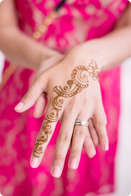 Henna-party_Indian-wedding-Maiyan_Sparkling-Hill-dancing_19_by-Kevin-Trowbridge