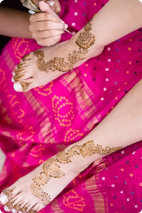 Henna-party_Indian-wedding-Maiyan_Sparkling-Hill-dancing_27_by-Kevin-Trowbridge