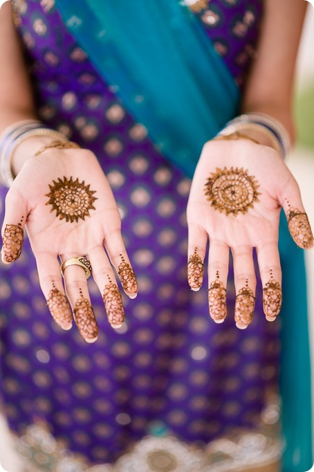Henna-party_Indian-wedding-Maiyan_Sparkling-Hill-dancing_29_by-Kevin-Trowbridge