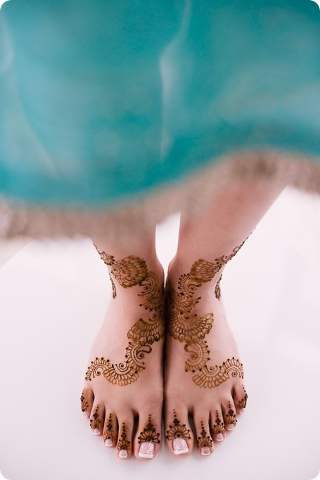 Henna-party_Indian-wedding-Maiyan_Sparkling-Hill-dancing_30_by-Kevin-Trowbridge