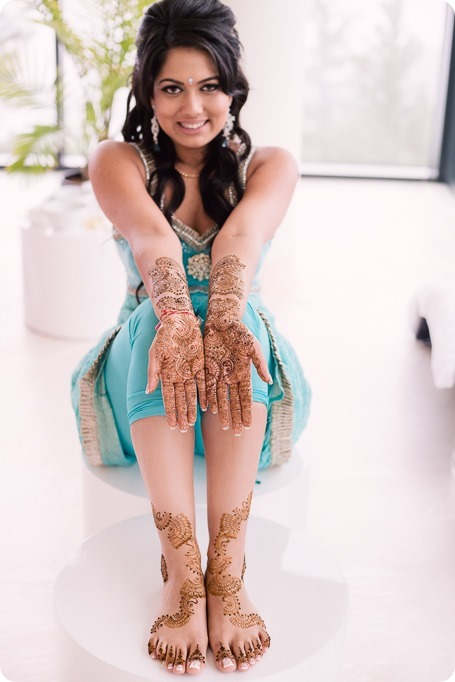 Henna-party_Indian-wedding-Maiyan_Sparkling-Hill-dancing_31_by-Kevin-Trowbridge