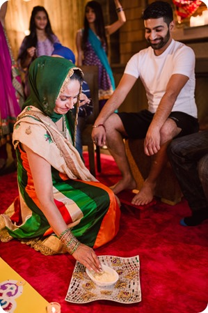 Henna-party_Indian-wedding-Maiyan_Sparkling-Hill-dancing_37_by-Kevin-Trowbridge