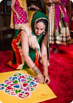 Henna-party_Indian-wedding-Maiyan_Sparkling-Hill-dancing_54_by-Kevin-Trowbridge