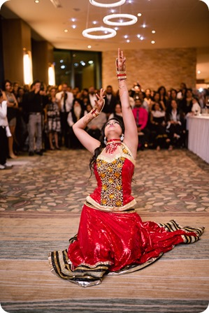 Henna-party_Indian-wedding-Maiyan_Sparkling-Hill-dancing_73_by-Kevin-Trowbridge