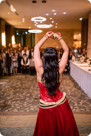 Henna-party_Indian-wedding-Maiyan_Sparkling-Hill-dancing_76_by-Kevin-Trowbridge
