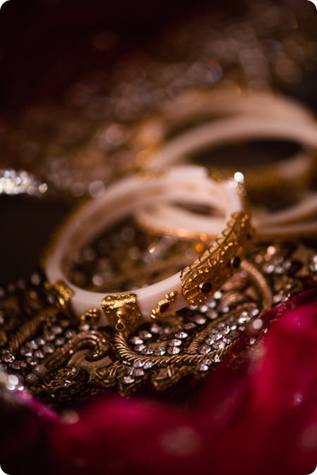 Hindu-wedding-ceremony_Kelowna_Cedar-Creek_Sparkling-Hill_09_by-Kevin-Trowbridge