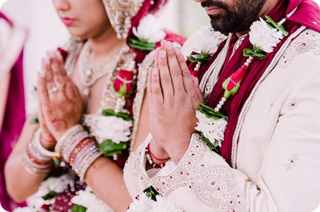 Hindu-wedding-ceremony_Kelowna_Cedar-Creek_Sparkling-Hill_124_by-Kevin-Trowbridge