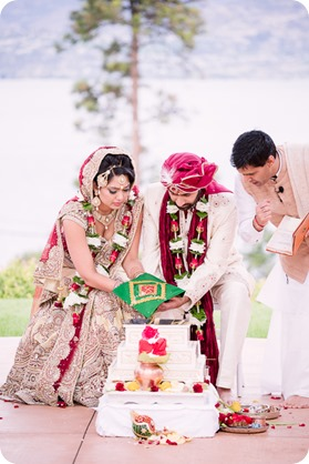 Hindu-wedding-ceremony_Kelowna_Cedar-Creek_Sparkling-Hill_134_by-Kevin-Trowbridge