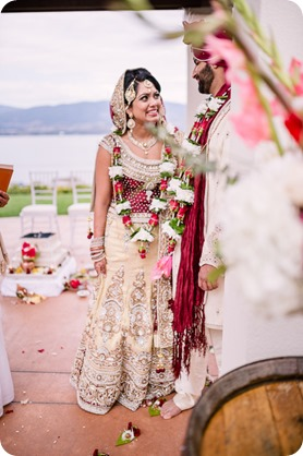 Hindu-wedding-ceremony_Kelowna_Cedar-Creek_Sparkling-Hill_169_by-Kevin-Trowbridge