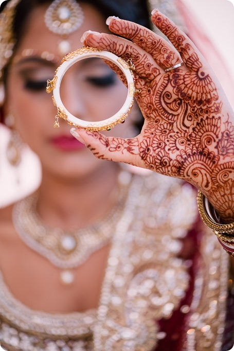 Hindu-wedding-ceremony_Kelowna_Cedar-Creek_Sparkling-Hill_17_by-Kevin-Trowbridge