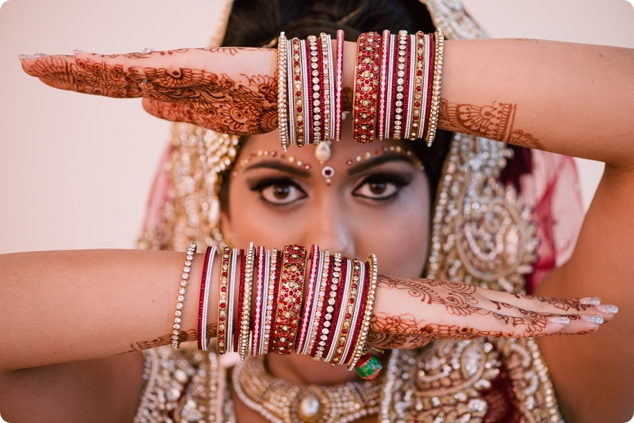 Hindu-wedding-ceremony_Kelowna_Cedar-Creek_Sparkling-Hill_18_by-Kevin-Trowbridge