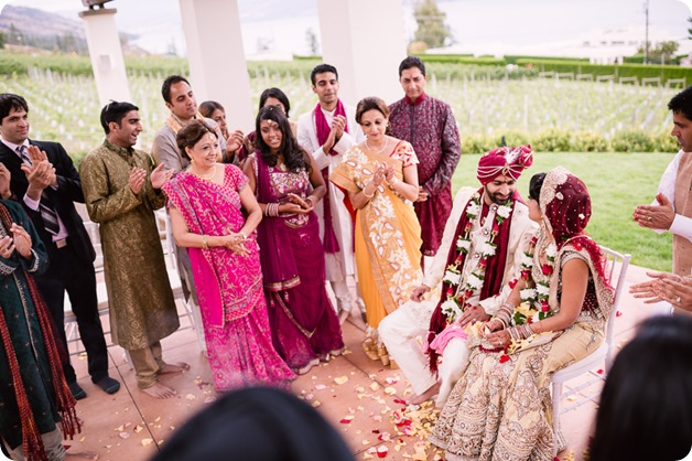 Hindu-wedding-ceremony_Kelowna_Cedar-Creek_Sparkling-Hill_201_by-Kevin-Trowbridge