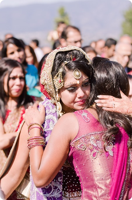 Hindu-wedding-ceremony_Kelowna_Cedar-Creek_Sparkling-Hill_224_by-Kevin-Trowbridge