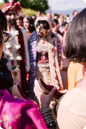 Hindu-wedding-ceremony_Kelowna_Cedar-Creek_Sparkling-Hill_225_by-Kevin-Trowbridge