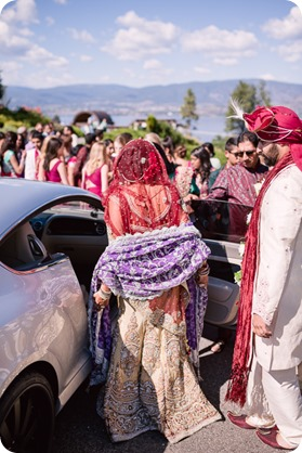 Hindu-wedding-ceremony_Kelowna_Cedar-Creek_Sparkling-Hill_228_by-Kevin-Trowbridge