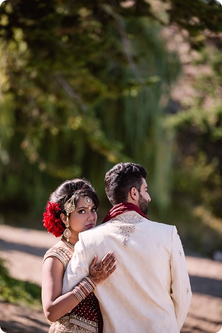 Hindu-wedding-ceremony_Kelowna_Cedar-Creek_Sparkling-Hill_248_by-Kevin-Trowbridge